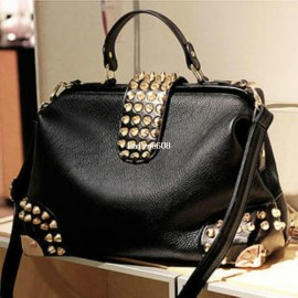Cheap Shoulder Bags on Sale at Bargain Price, Buy Quality leather bags free shipping, leather handbag shoulder bag, leather vintage shoulder bag from China leather bags free shipping Suppliers at Aliexpress.com:1,bags shape:horizontal capitales 2,Item Typ